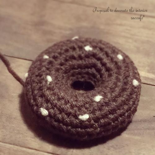 かぎ針編みのドーナツ