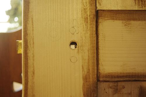 シャビーなホワイトドア!