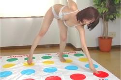 Twisterゲームを始める