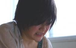 泣いている純