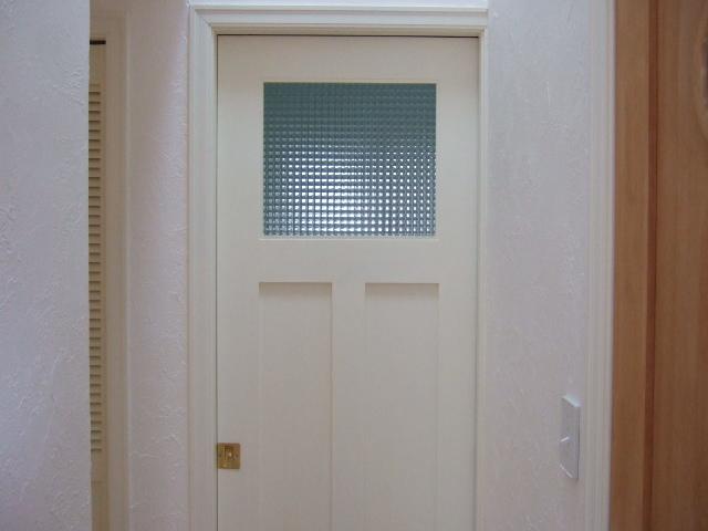 洗面所ドア