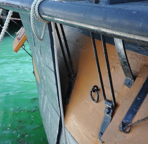 HMS Surprise Anchor Lining(1)