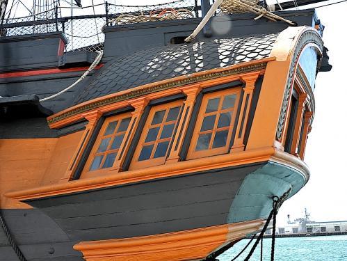 HMS Surprise Stern Qtr(1)