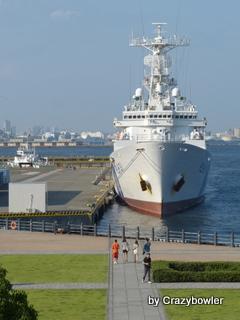 横浜赤レンガ倉庫から見える海上保安庁の船