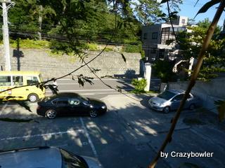 新潟神宮 横の切り通し道路