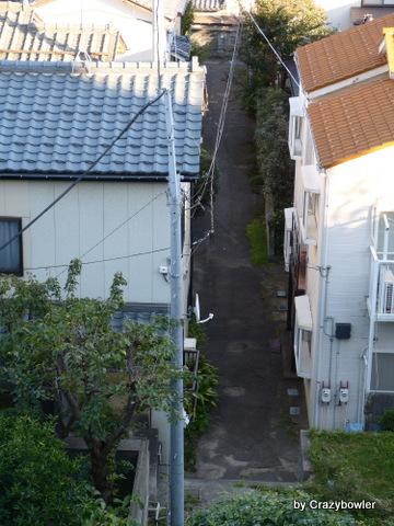 新潟市 田中町の浜へ続く坂と路地