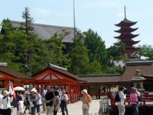 生涯学習!by Crazybowler-厳島神社と豊国神社、五重塔