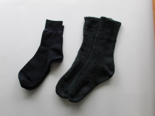 socks_2pcs.jpg