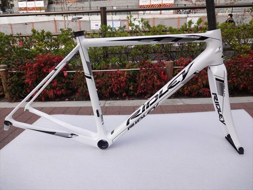 2015ridley-helium-white-side.jpg