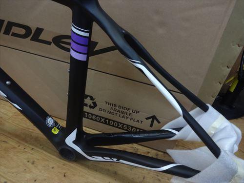ridley2015-LIZ-black-seat.jpg