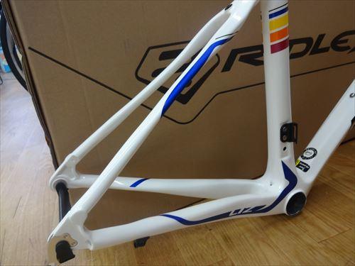 ridley2015-LIZ-white-seat.jpg