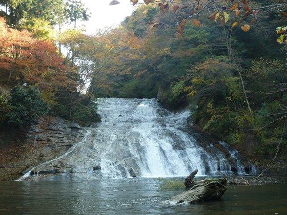 養老渓谷の名所・粟又の滝