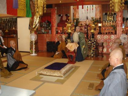 平成25年7月9日、大安寺の山門施食会