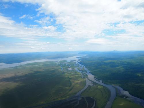 上空からのアムール川