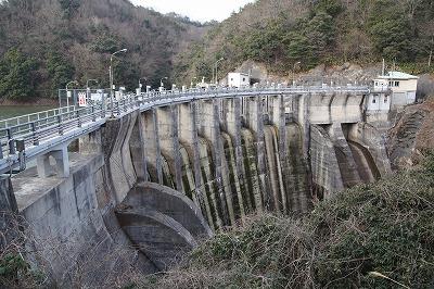 三成ダムと島根県企業局 三成発...