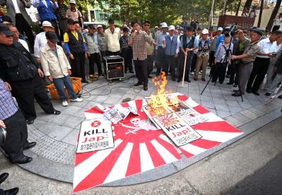 韓国の首都ソウルで韓国人が「KILL JAP!」チョッパリ殺せ!=日本人を殺せ!とデモ