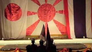 【親日タイ】タイ高校生による日の丸掲揚 親日オペラ上演後