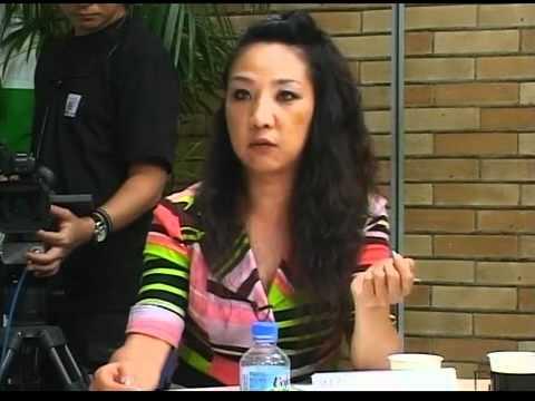 韓国人反日記者の李信恵リ・シネ