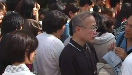 有田先生は反対側の歩道から一部始終を見ていた。