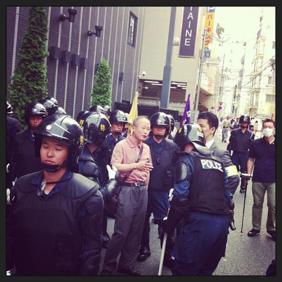 在日外国人犯罪者追放デモin新大久保・有田「奴らを包囲する」→警察に囲まれる