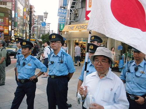 8月14日慰安婦記念日要求デモにカウンター攻撃・『日本軍「慰安婦」メモリアル・デー』に抗議活動20130814