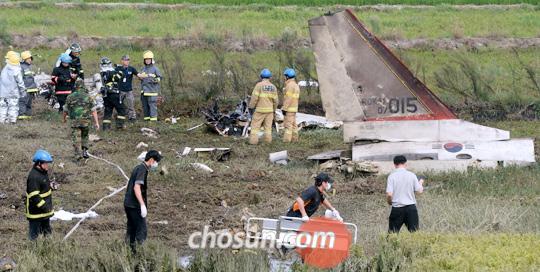 韓国軍:超音速練習機T50が墜落、2人死亡