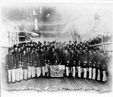 エルトゥールル号の乗組員たち