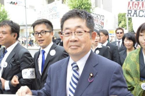小池晃副委員長がヤクザと東京大行進