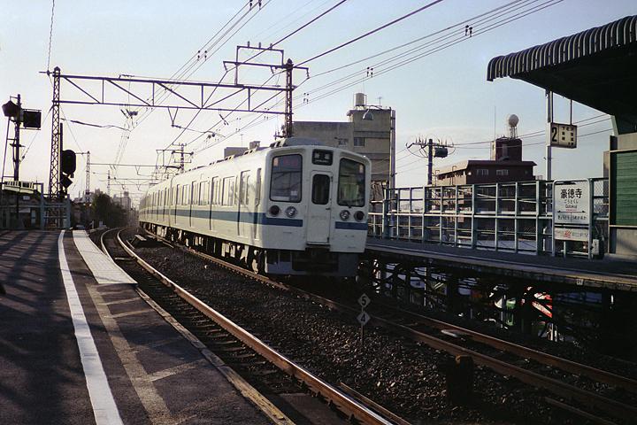 第6回豪徳寺駅_01レタッチ済み