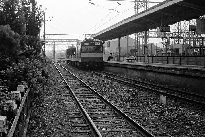 第7回鶴見線その1_浅野駅レタッチ済み