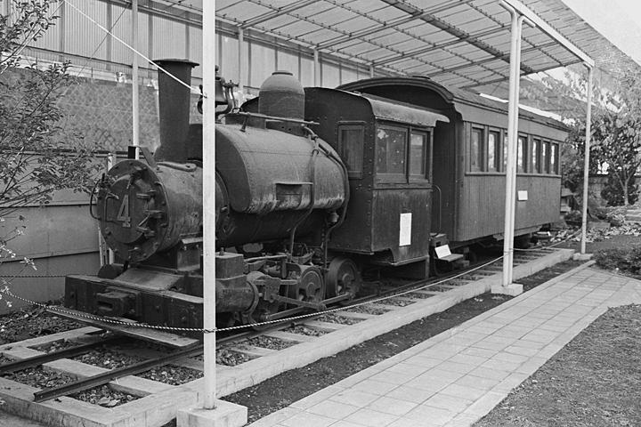 王子製紙4号機関車