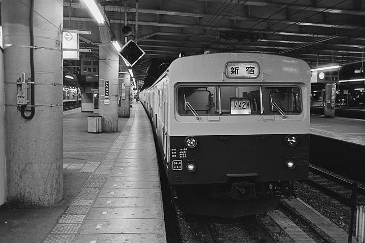 19850314新宿駅_442M_01