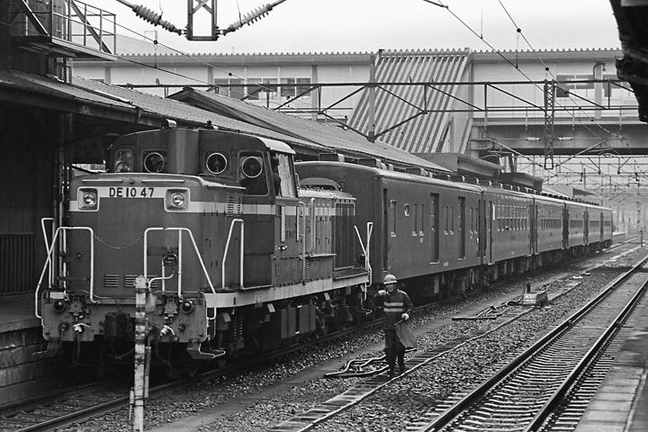 600319奥羽本線50系客車_福島駅