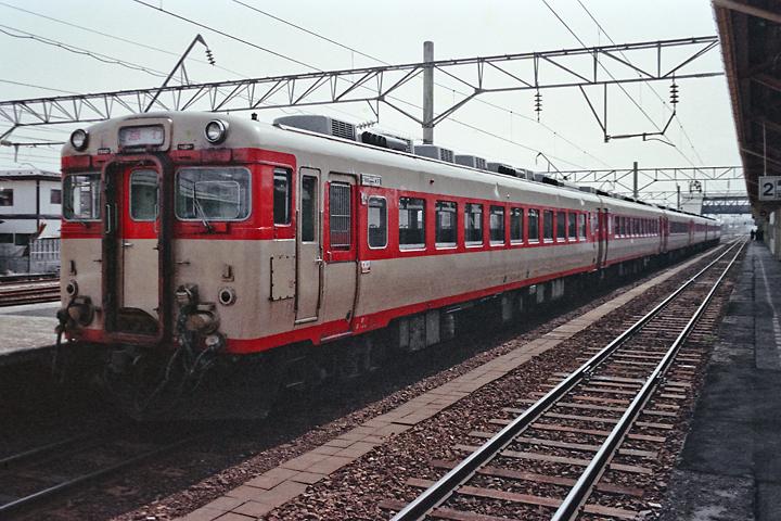 600320羽越本線_羽後本荘駅_急行もがみ1号