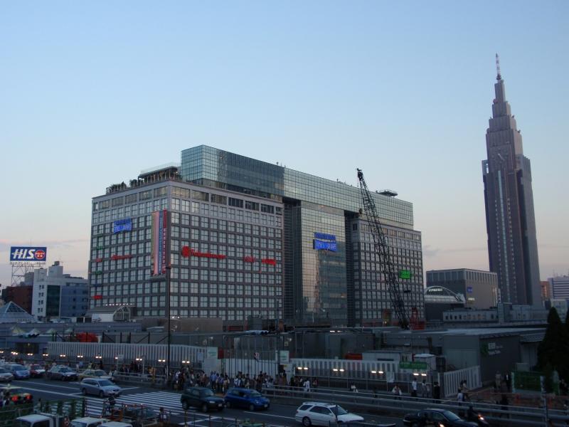 新宿タイムズスクエア2