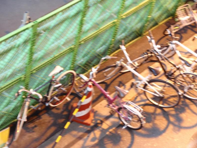 乱れる自転車