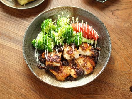 鶏むねステーキ玉ねぎソースy11