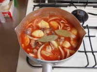 鯖缶とジャガイモのトマト煮35