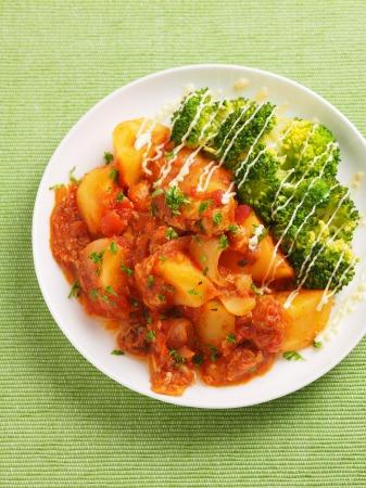 鯖缶とジャガイモのトマト煮08