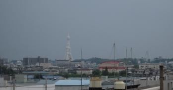会社の屋上から見たPLの塔