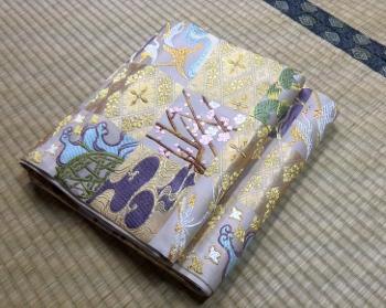 山口成織物 唐織袋帯 光悦色紙紋