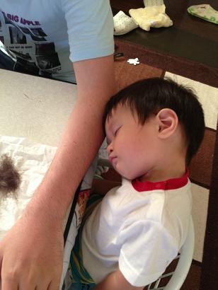 ウトウト髪きり