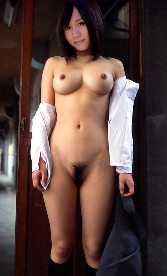 前田敦子の「おっぱい」や「おまんこ」が丸見えになったヌード写真 img028