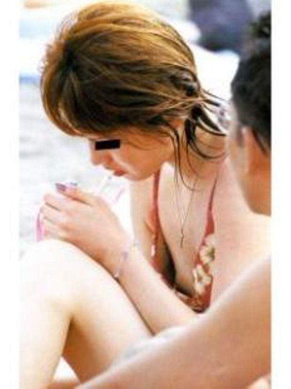 【画像62枚】乳首ポロリを激写したこの盗撮画像がヤバいwwww img033