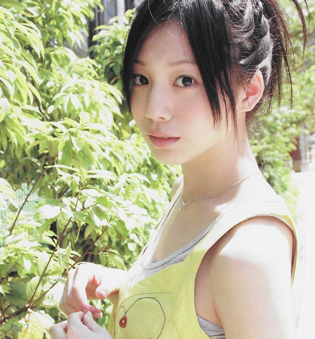 夏帆ちゃんが爆弾発言! 「パンツ」「性器」見せ平気発言wwww