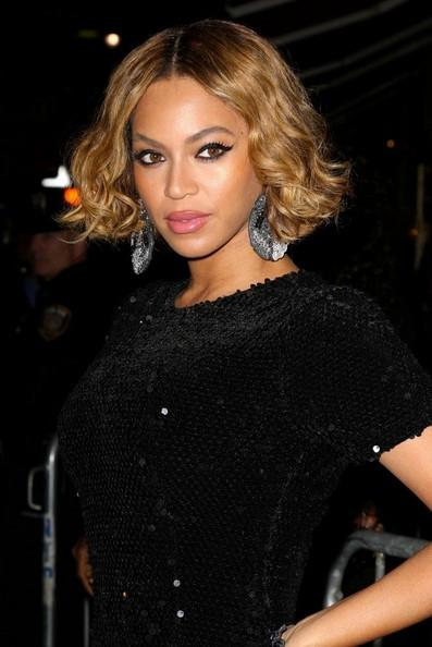 Beyonce+Topshop+New+York+City+Flagship+Opening+2011_03.jpg