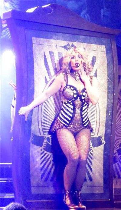 Britney_Spears_140118_04.jpg