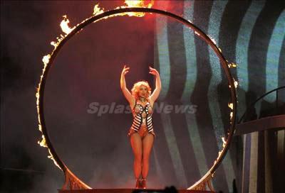 Britney_Spears_140118_05.jpg