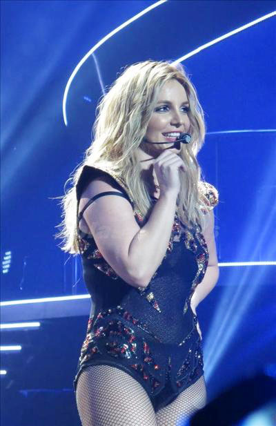 Britney_Spears_140118_06.jpg