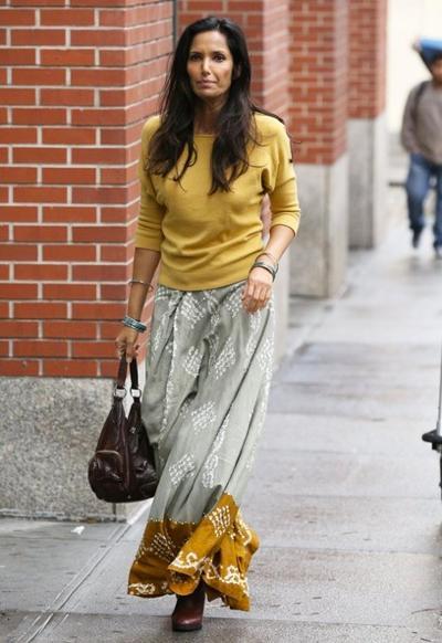 Padma+Lakshmi+Out+NYC+20141027_01.jpg